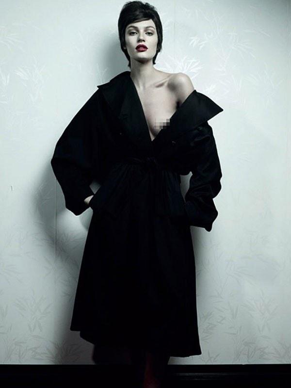 Candice Swanepoel zmieniła się nie do poznania... /10 Magazine /materiały prasowe