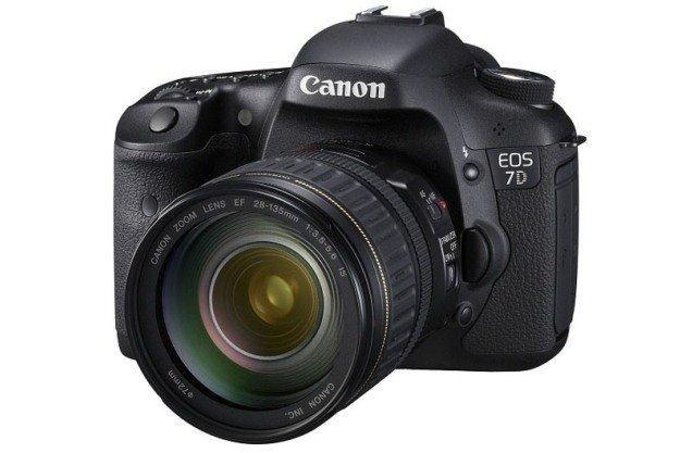 Canon EOS 7D /materiały prasowe