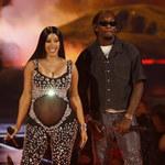 Cardi B pokazała nagie zdjęcia w ciąży. Gwiazdy pospieszyły z gratulacjami