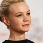Carey Mulligan jako Hilary Clinton