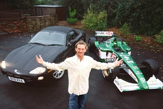 Carl Fogarty i dwa jaguary (kliknij) /INTERIA.PL