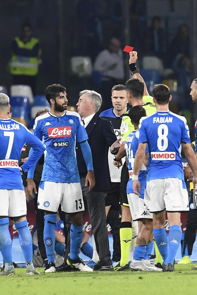Carlo Ancelotti otrzymał czerwoną kartkę od sędziego /CIRO FUSCO /PAP/EPA