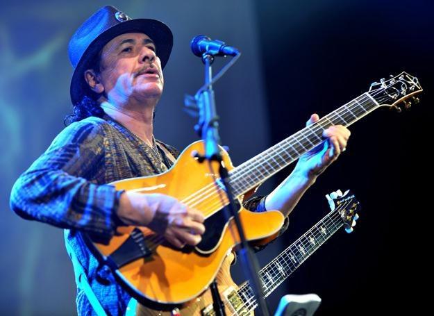 Carlos Santana wystąpi 22 czerwca w Warszawie /arch. AFP