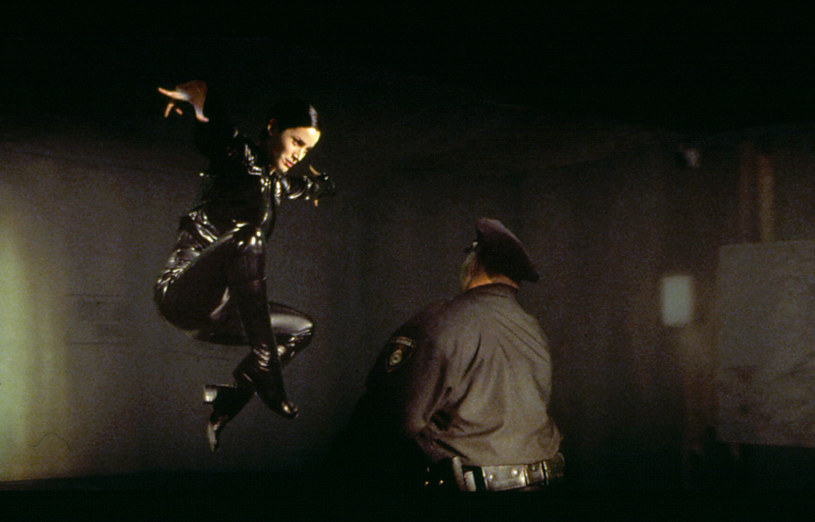"Carrie-Anne Moss w filmie ""Matrix"" /AKPA"