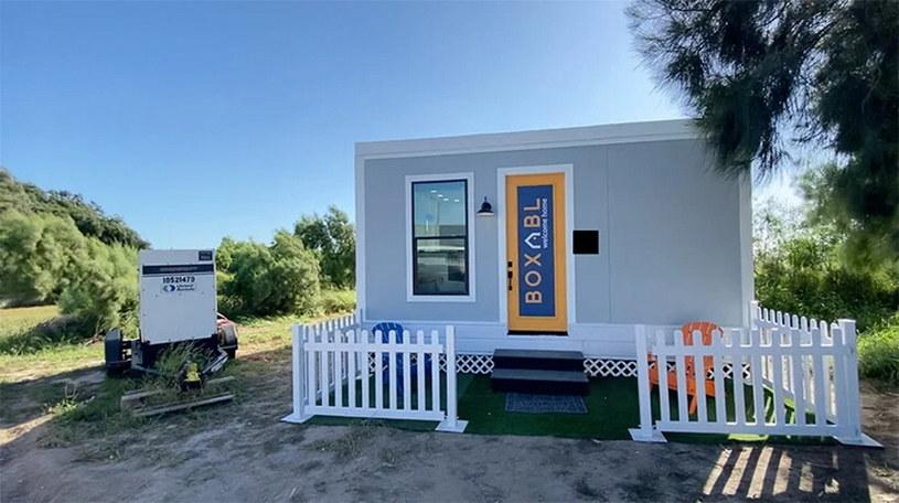 """""""Castila"""" - przykładowy dom stawiany przez Boxabl. W takie """"rezydencji"""" ma urzędować Elon Musk /materiały prasowe"""