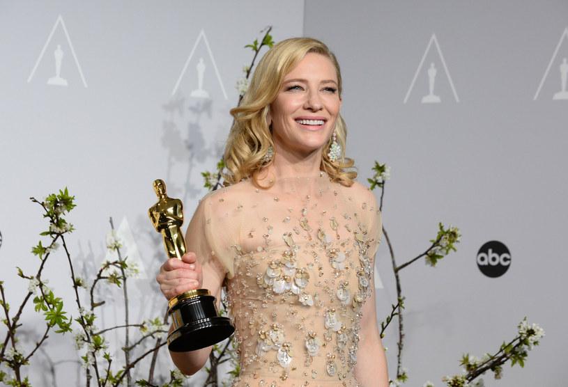 Cate Blanchett po wygranej podczas gali rozdania Oscarów w 2014 roku /Jordan Strauss /East News