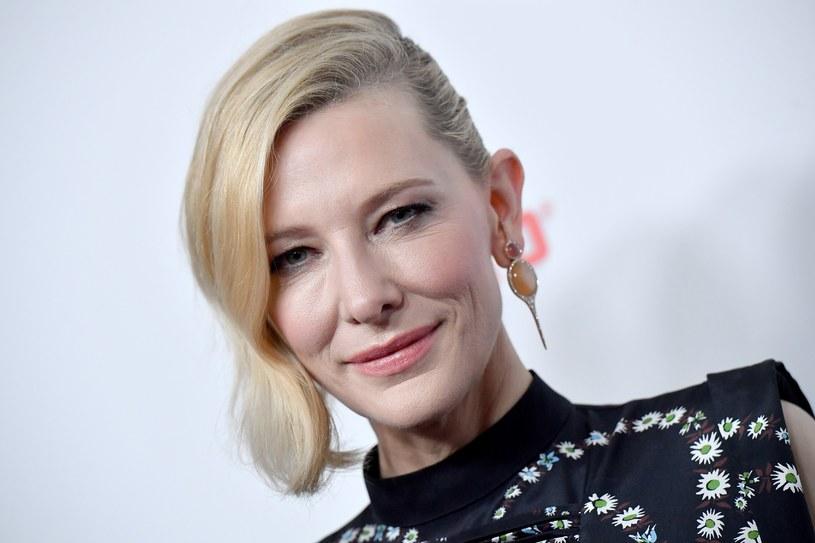 Cate Blanchett stroni do mediów społecznościowych /Axelle Woussen/Bauer-Griffin /East News