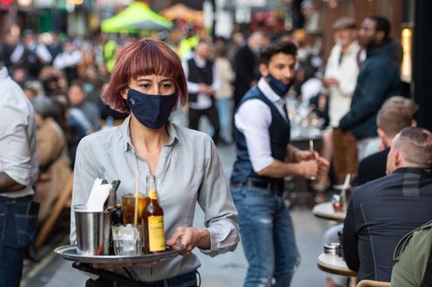 CBOS: 52 proc. Polaków nie boi się zakażenia koronawirusem