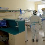CBOS: Ponad połowa Polaków nie boi się zakażenia koronawirusem, 48 proc. wyraża obawy