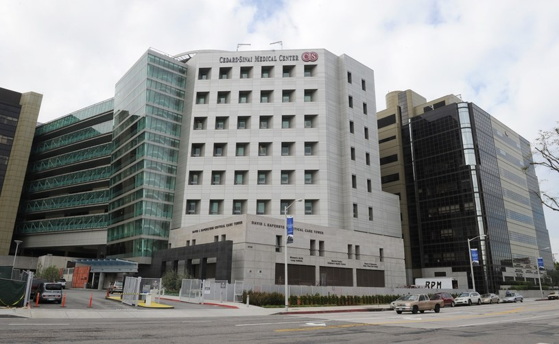 Cedars-Sinai Medical Center w Los Angeles /East News