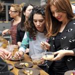 """Celebryci z """"Tańca z gwiazdami"""" fotografują się z jedzeniem"""