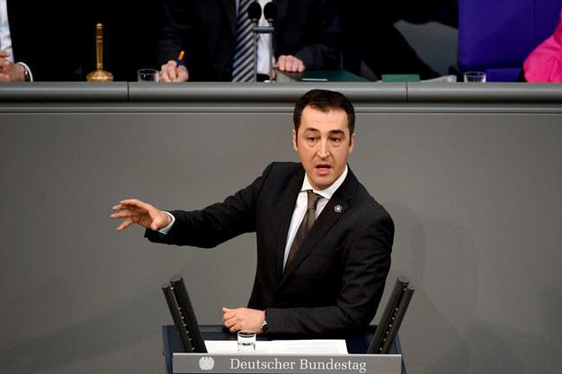 Cem Oezdemir otrzymał policyjną ochronę /AFP