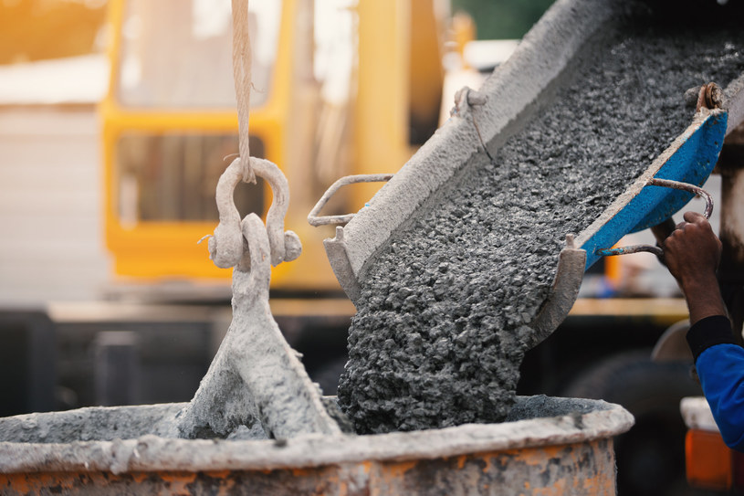Cement odwraca się od węgla /123RF/PICSEL