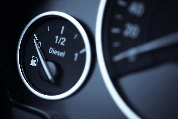 Cena oleju napędowego przekroczyła 5 zł za litr /©123RF/PICSEL