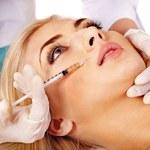 Cena piękności, czyli botoks i operacje nosa