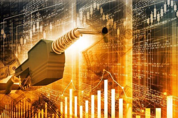 Cena ropy naftowej jest w punkcie zwrotnym /©123RF/PICSEL