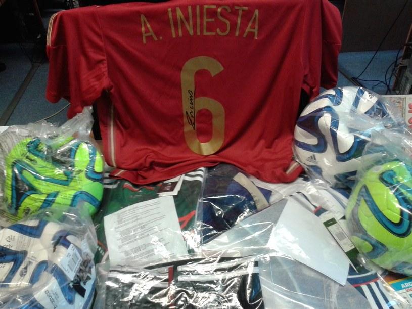 Cenne koszulki czekają na zwycięzców naszej zabawy /INTERIA.PL