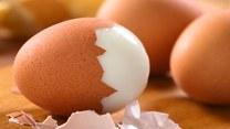 Cenne minerały w zwykłych skorupkach jajek