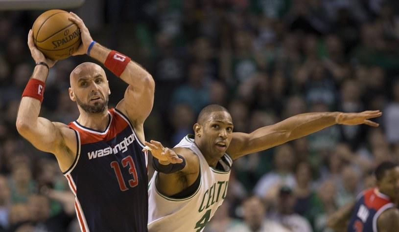 Center Washington Wizards Marcin Gortat i koszykarz Boston Celtics Al Horford /PAP/EPA