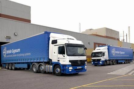 Centra logistyczne działają m.in. w Anglii / Kliknij /INTERIA.PL