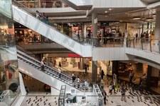 Centrum Analiz KPRM: Polaków stać dziś na większe zakupy niż w 2014 roku