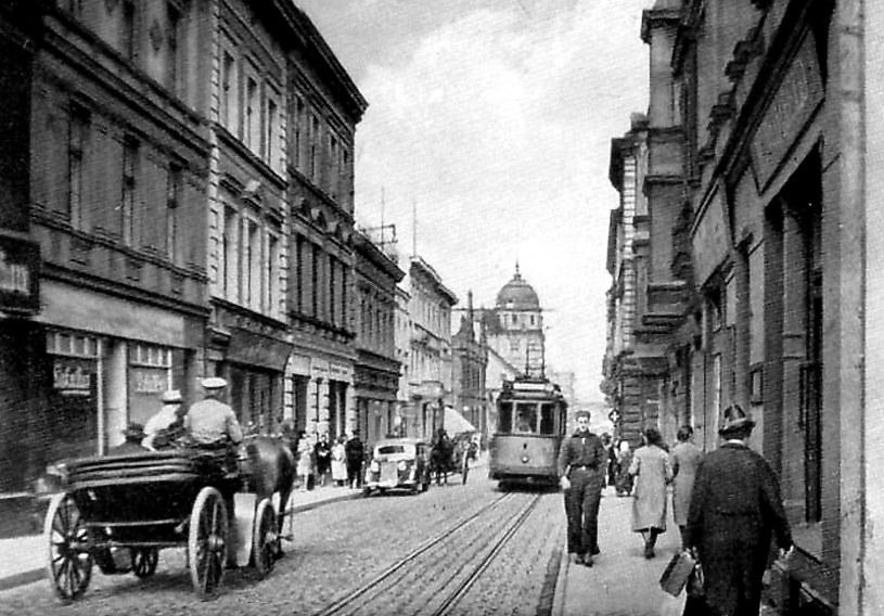 Centrum Inowrocławia (Hohensalza) na niemieckiej widokówce z lat wojny. /Archiwum autora