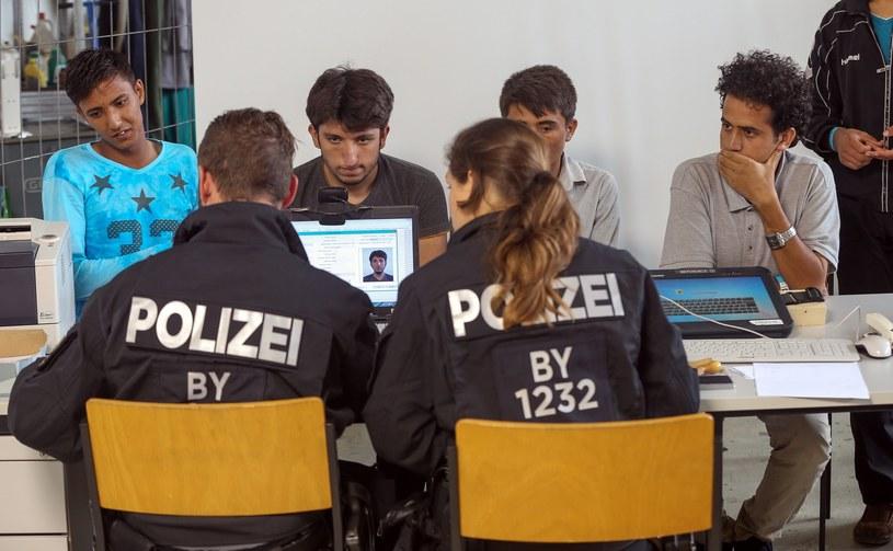 Centrum rejestracji dla uchodźców w Bawarii /Nickels/face to face /East News