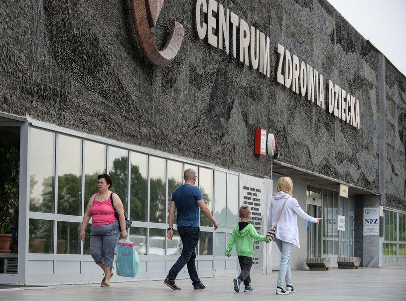 Centrum Zdrowia Dziecka w Warszawie, gdzie trwa protest /Marcin Obara /PAP