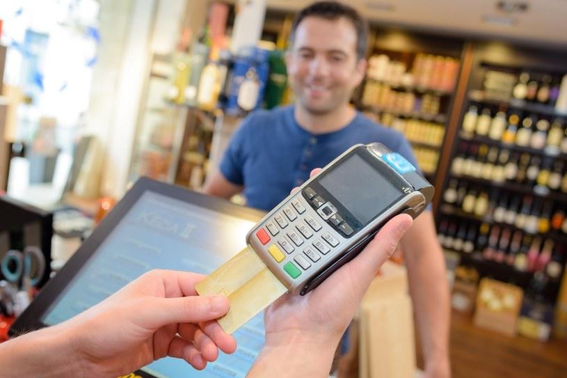 Ceny alkoholu coraz wyższe /123RF/PICSEL