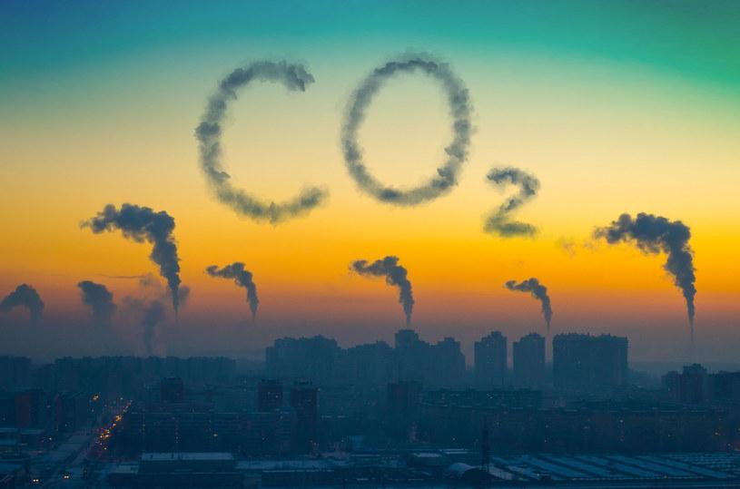 Ceny CO2 rekordowo wysokie. /123RF/PICSEL