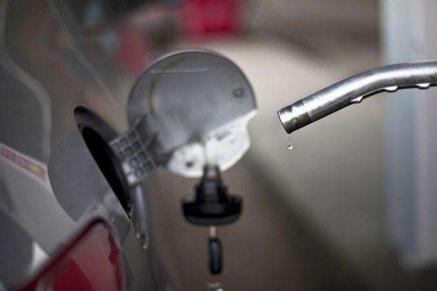 Ceny diesla skoczą w górę. O ile? /AFP