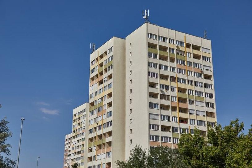Ceny mieszkań rosną szybciej niż zarobki większości społeczeństw /123RF/PICSEL