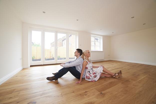 Ceny mieszkań zaczynają spadać, jednak nie wszędzie /©123RF/PICSEL