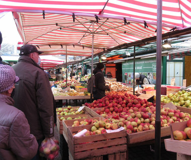 Ceny owoców w hurcie: Jabłka i gruszki tańsze niż rok temu