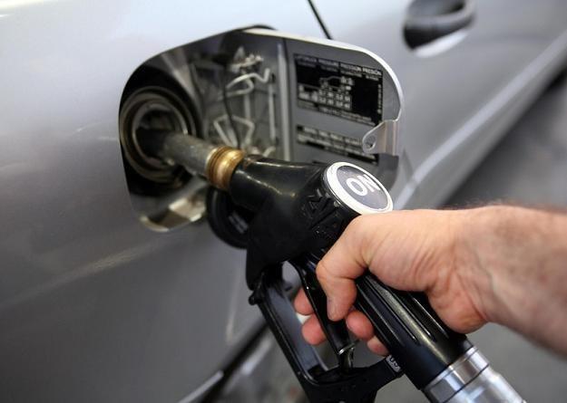 Ceny paliw będą nadal rosnąć. Fot. Andrzej Iwańczuk /Reporter