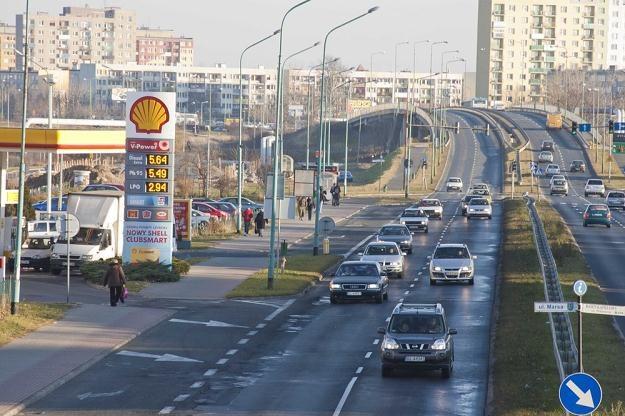Ceny paliw rosną bardzo szybko / Fot: Łukasz Grudniewski /East News