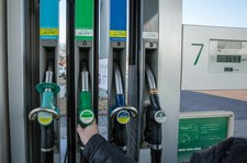 Ceny paliw zbliżają się do niechlubnego rekordu