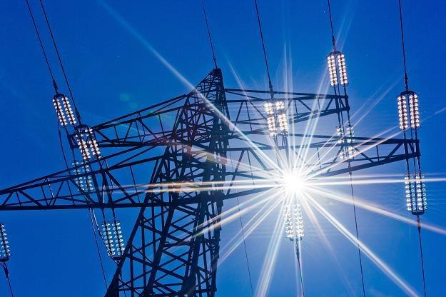 Ceny prądu - będzie mrożeneie i rekompensaty /©123RF/PICSEL