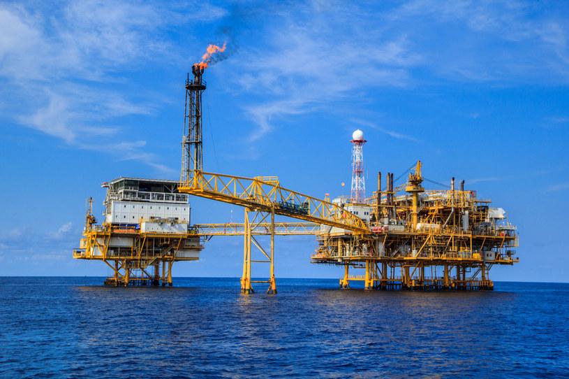 Ceny ropy blisko siedmioletniego maksimum /123RF/PICSEL