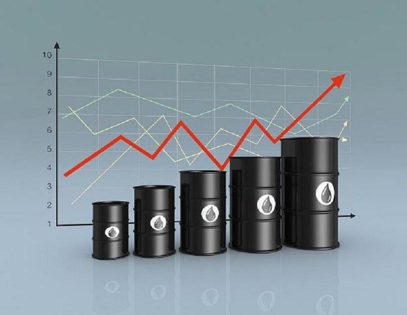 Ceny ropy odbiły się od dna. /123RF/PICSEL