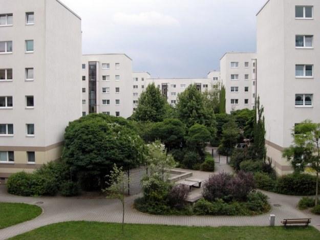 Ceny transakcyjne mieszkań spadły w ośmiu miastach, a w siedmiu wzrosły /© Panthermedia