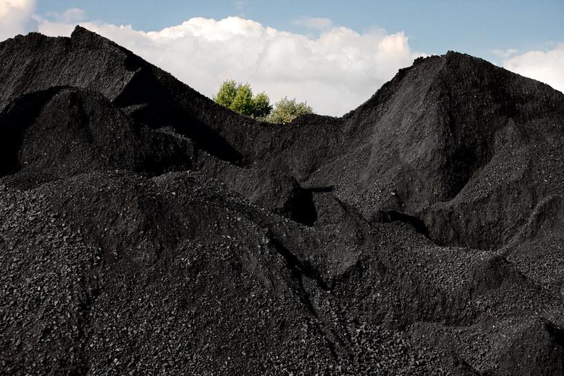 Ceny węgla ruszyły za gazem /123RF/PICSEL