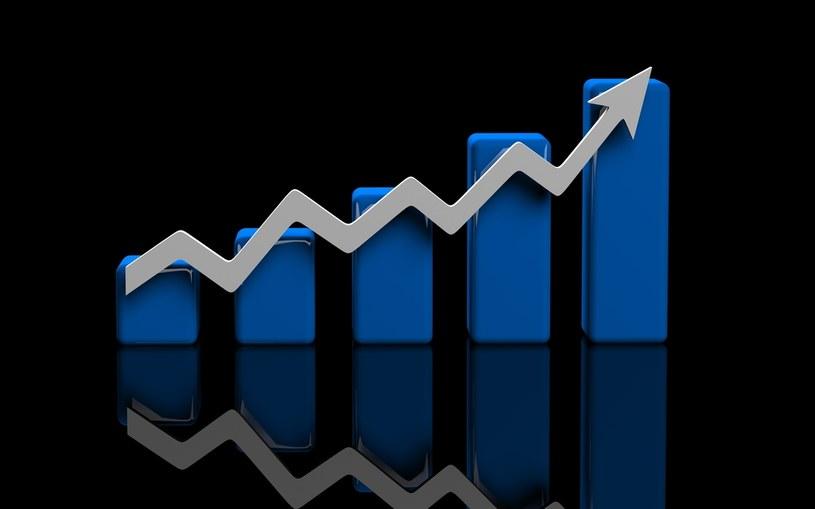 Ceny wzrosły pomimo tańszych paliw, a to oznacza wzrost inflacji bazowej do ponad 4 proc. /123RF/PICSEL
