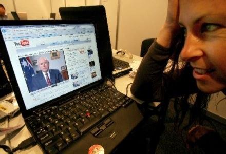Cenzorskie plany australijskiego rządu wywołały oburzenie internautów /AFP