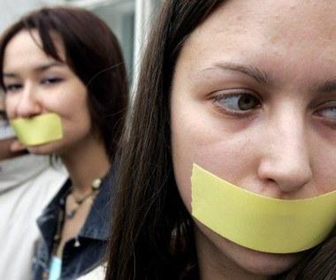 Cenzura w internecie? Chcą debaty z premierem