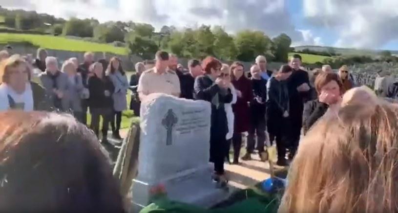 Ceremonia pożegnania Shaya Bradleya, na której doszło do niecodziennego zdarzenia /YouTube
