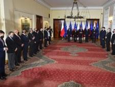 Ceremonia zaprzysiężenia przełożona. Kolejni ministrowie na kwarantannie