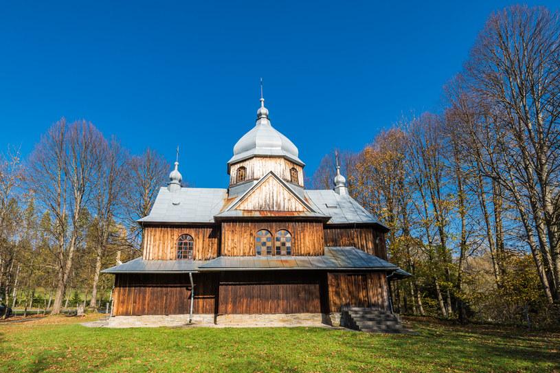 Cerkiew w Chmielu to jedno z miejsc, które warto zobaczyć w gminie Lutowiska /Picsel /123RF/PICSEL