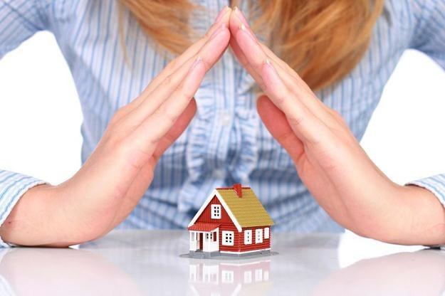 Certyfikaty są ważne dla rynku nieruchomości /©123RF/PICSEL