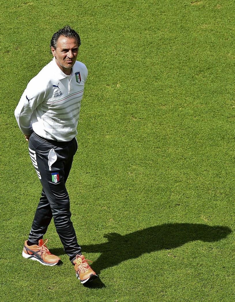 Cesare Prandelli podczas treningu w Recife /AFP